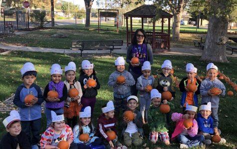 Hughson FFA Hosts Elementary Pumpkin Day