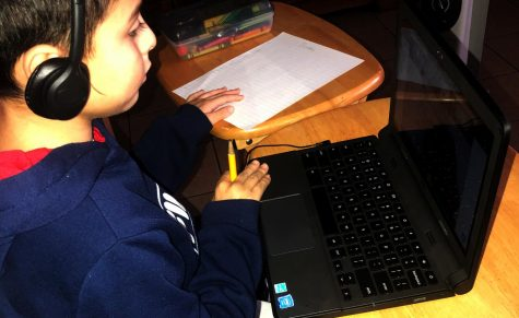 Months into the school year Students are still struggling. with remote learning.