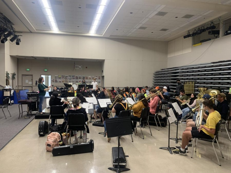 Hughson Band Celebrates School Spirit
